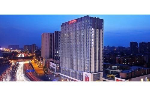 五星级酒店:成都希尔顿12万风量油烟净化器安装案例